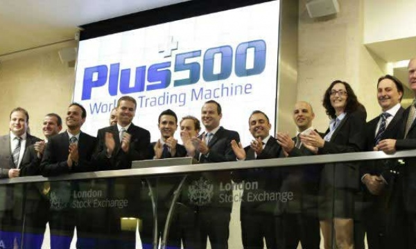 Plus500, le broker CFD